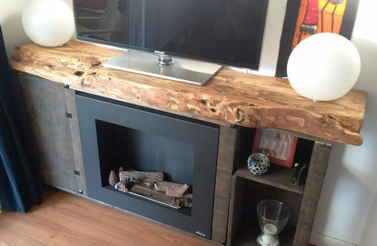 Muebles de madera rustica para tv for Encimeras de madera para cocinas