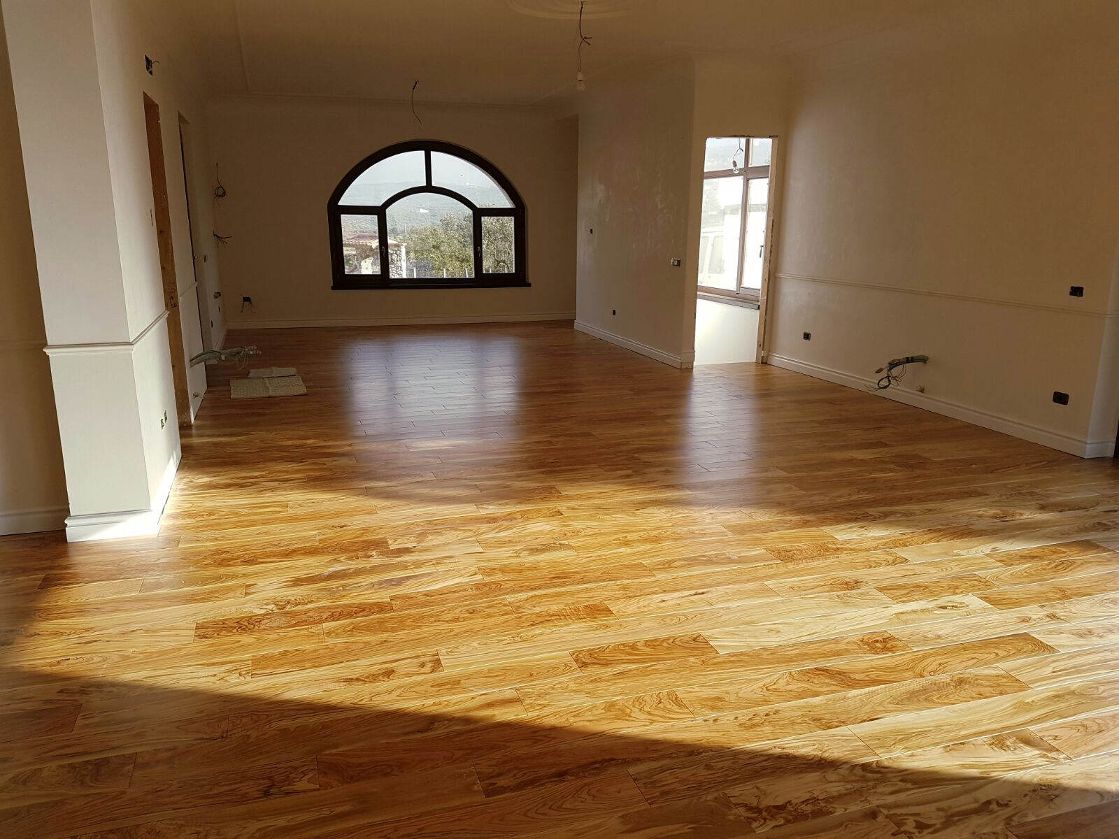 Parquet de madera de olivo - Suelos para pisos ...