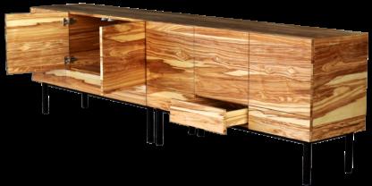 mobiliario de madera de olivo