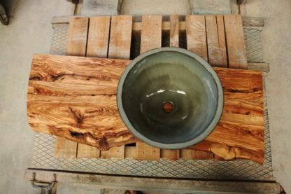 encimera-madera-olivo-lavabo-artesanal-redondo